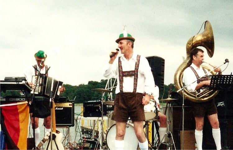 Bierkeller Oompah Band
